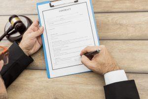 Quelle est la différence entre une traduction certifiée, assermentée et notariée ? - HI-COM
